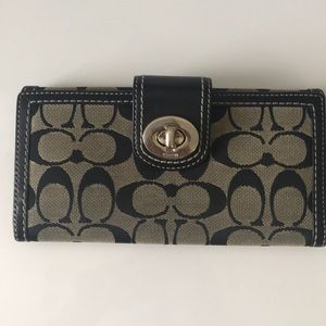 Coach logo wallet